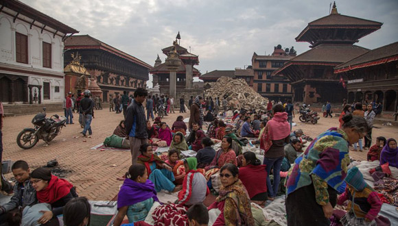 Templo-Vatsala-Shikhara-Bhaktapur-en-Katmandú-Nepal-tras-el-terremoto.