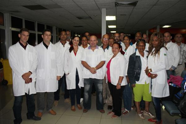 CUBA-LA HABANA-PARTIÓ BRIGADA CUBANA A ATENDER DAMNIFICADOS POR ERIKA EN DOMINICA. foto Jorge LEGAÑOA ALONSO