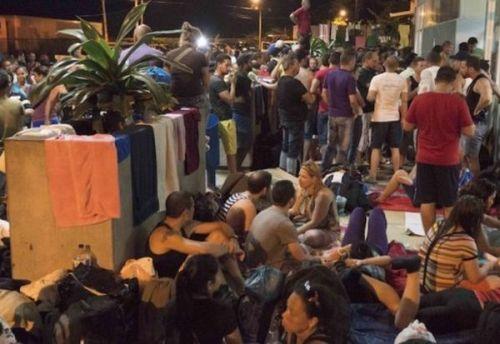 Cubans Left Stranded in Costa Rica. Photo taken from La Trbuna de Honduras