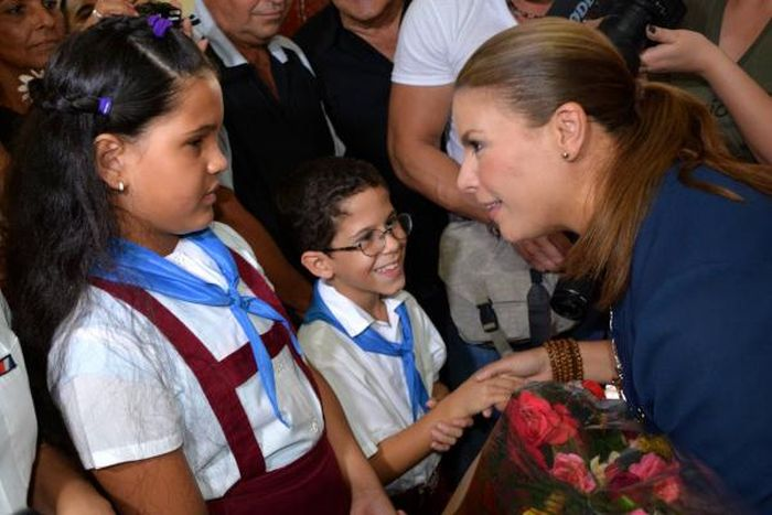 Olga Tañon Extols Artistic Education Programs in Cuba. Photo: AIN