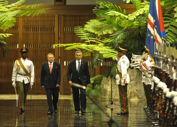 Raúl Castro Welcomes President of Cape Verde. Photo: ACN