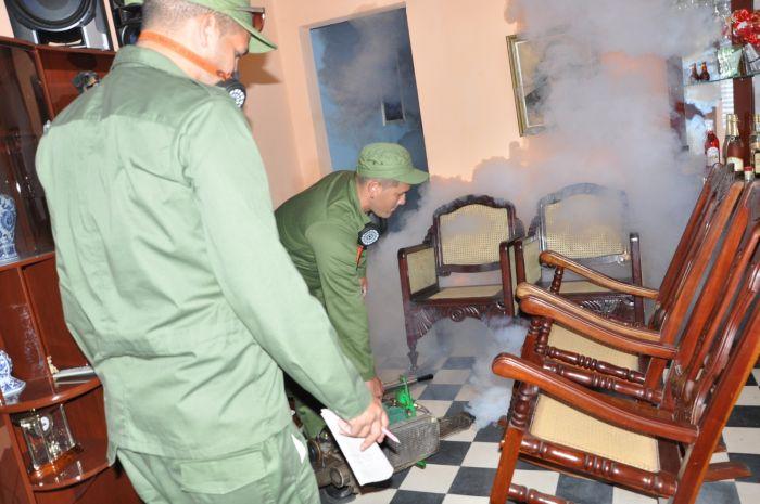 Raúl Castro Calls to Enforce Preventive Measures against Zika. Photo: Vicente Brito / Escambray