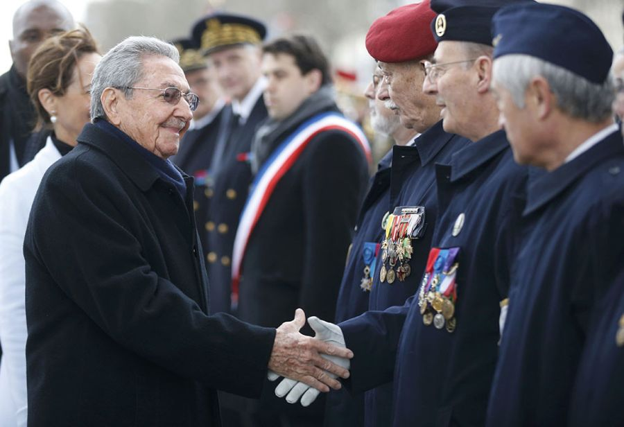 France: Official Ceremony to Welcome Cuba President Raul Castro. Photo: Reuters