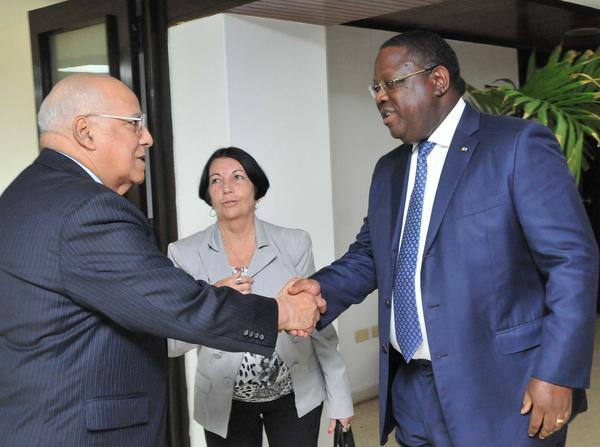 Ricardo Cabrisas Holds Meeting with Gabonese Foreign Minister. (Photo: ACN)