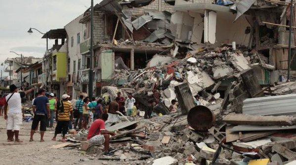 Raul Castro Expresses Condolences and Solidarity to Ecuador (Photo taken from elcomercio.com)