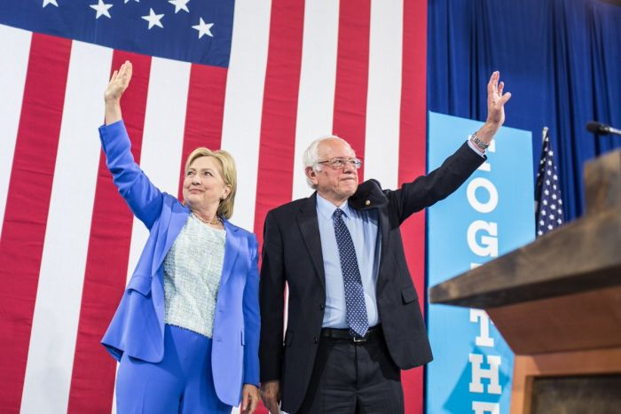 Clinton Faced with Strong Challenge after Sanders's Endorsement (Photo taken from @HillaryClinton)