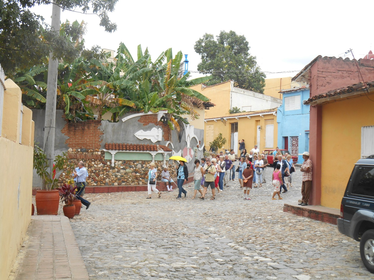 the village of the holy spirit, sancti spiritus, tourism, boulevard, tourists, casa de la guayabera, Yayabo river