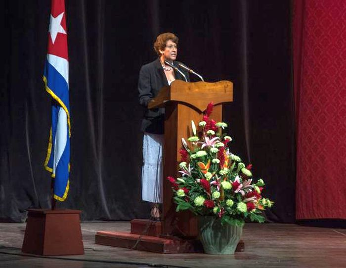 escambray today, education congress, cuban educational system, ena elsa velazquez, fidel castro