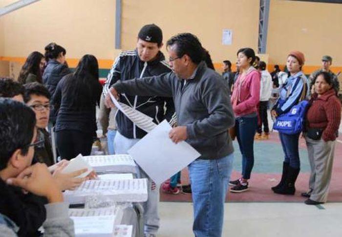 escambtay today, ecuador, elections in ecuador