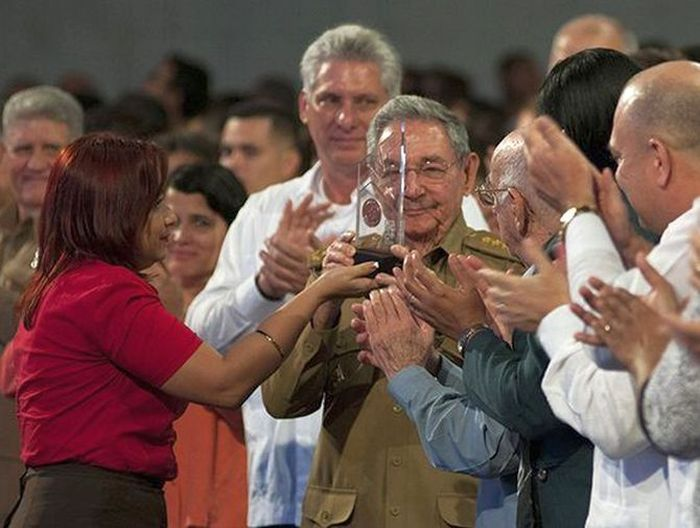 escambray today, raul castro, fidel castro, juan almeida, young communist league, cuban revolution