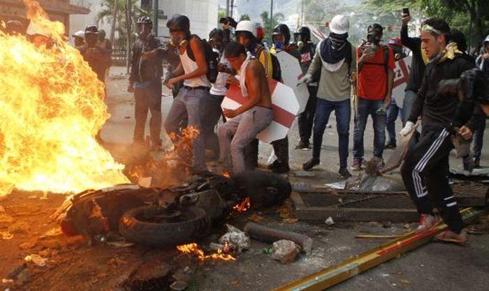escambray today, venezuela, venezuelan opposition, nicolas maduro, constituen assembly, delcy rodriguez