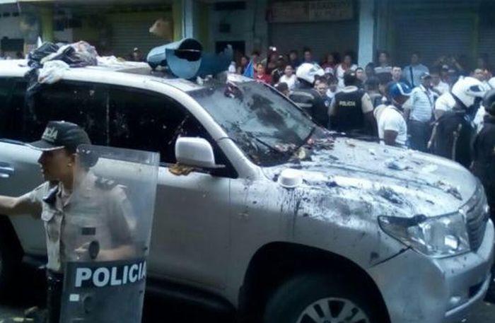 escambray today, ecuador, rafael correa, referendum
