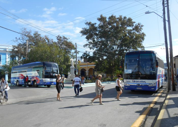 escambray today, tourism in cuba, tourists, cuba-usa relations, us blockade against cuba
