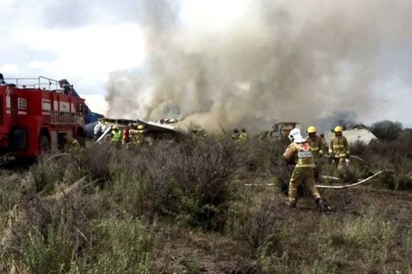 Plane crash in Mexico