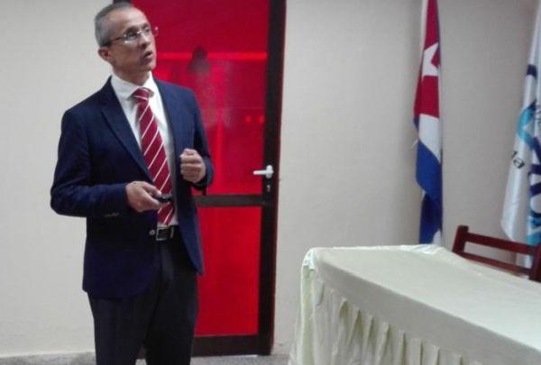 http://en.escambray.cu/wp-content/uploads/2018/09/Dr.-Alfonso-Cueto-Manzano.jpg