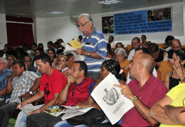 Constitutional project discussions in Sancti Spiritus