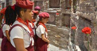 Cuba honors Che
