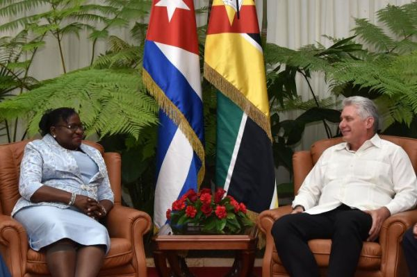 Mozambique head of parliament and diazcanel