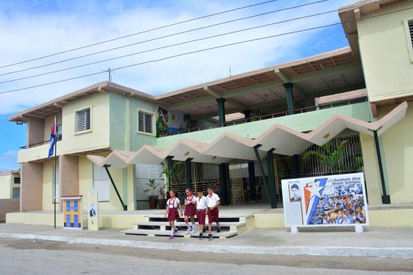 school in sancti spiritus