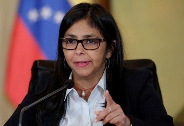 venezuela_suspends_flights