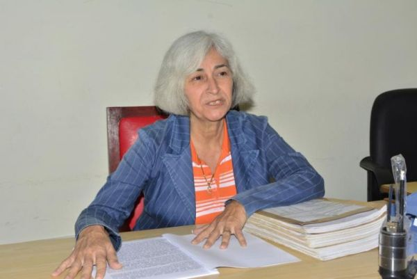 Judge Carmen Rosa Rojas, president of the Second Criminal Chamber of the People's Provincial Court in Sancti Spiritus