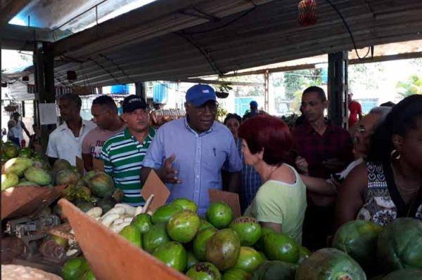 valdes mesa visits markets