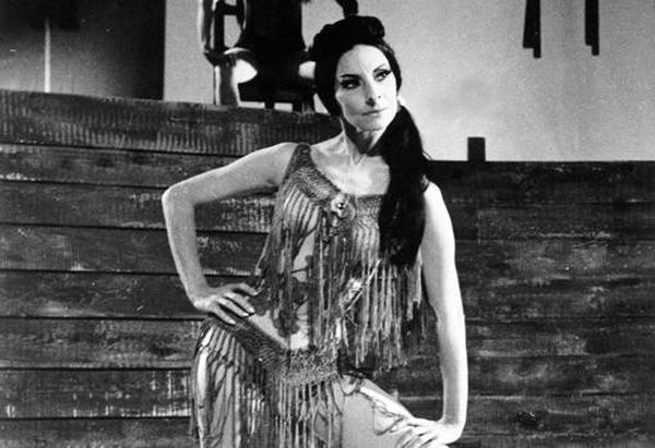 Alicia Alonso playing Carmen, one of her best known performances.