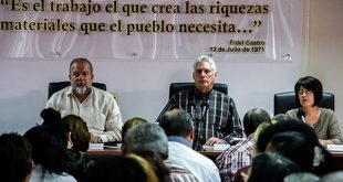 diaz-canel-in meeting of cuban ministry of labour