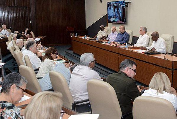 cuba council of ministers checks on coronavirus