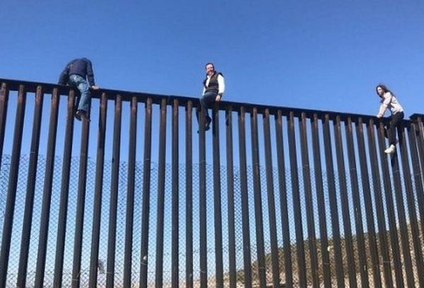 mexico-usa border wall