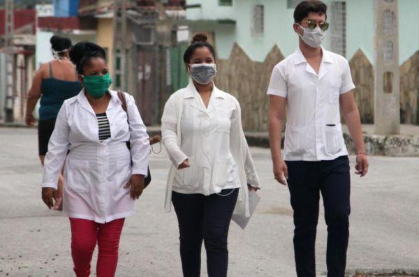 medicine students support covid-19 fight in cuba