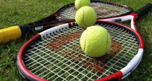 tennis-racquets-and-balls