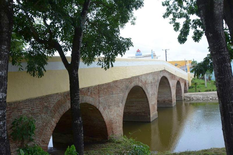 Bridge over Yayabo River in Sancti Spiritus, Cuba
