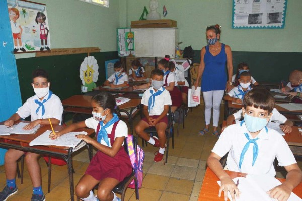sancti spiritus resumes classes
