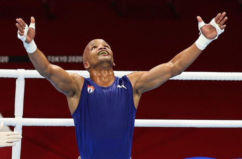 Cuban boxer Roniel Iglesias