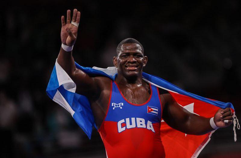 cuban-mijain-lopez-the-new-olympic-legend