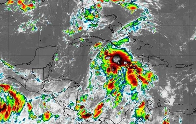 heavy rains predicted for the caribbean area