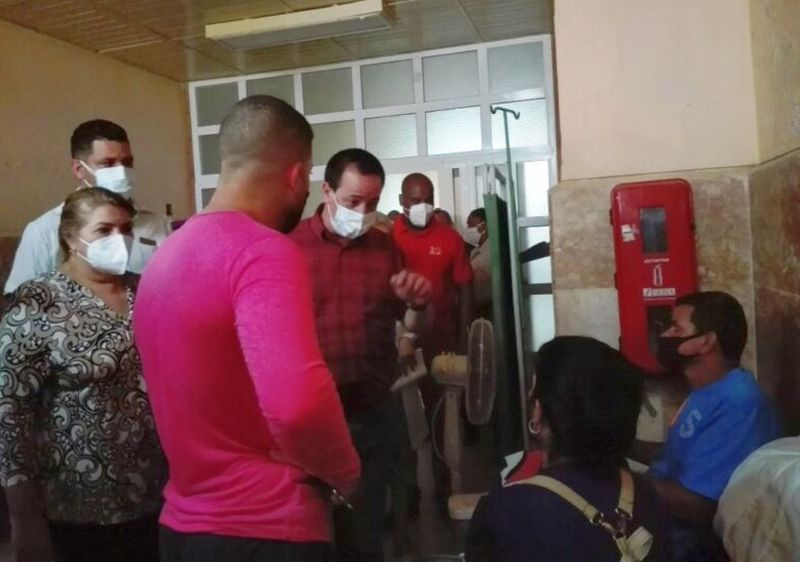 cuban-minister-of-health-visits-trinidad-in-sancti-spiritus-central-cuba1